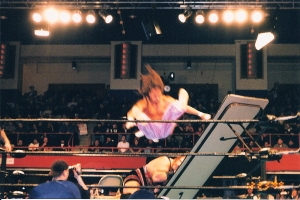 Air_Sabu_-_Rhyno's_Head_About_to_go_Through_Table
